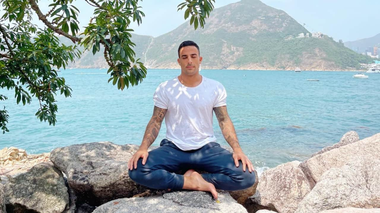 Meditation – The art of inner peace and happiness – FREE COURSE